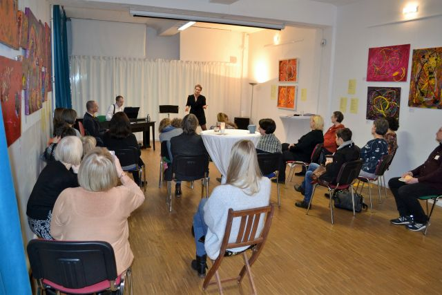 "Schnappschuss Event ""Paintings and Poems"" 0031 – © Hergen von Huchting"